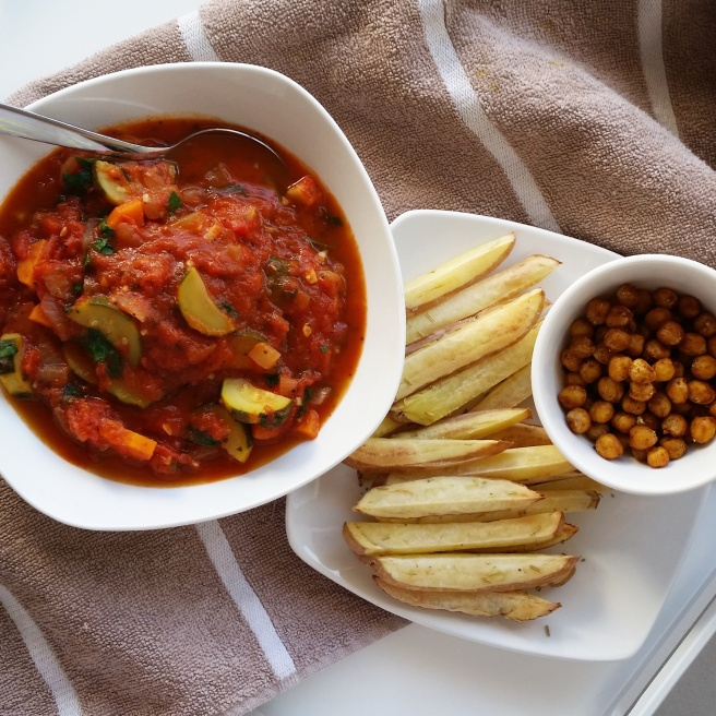 Simple Tomato & Vegetable Soup |